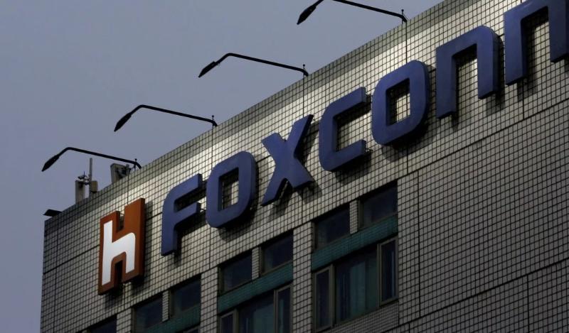 https: img.okezone.com content 2020 02 10 207 2166202 china-tolak-foxconn-lanjutkan-produksi-di-shenzhen-EpQ44B5vZl.png