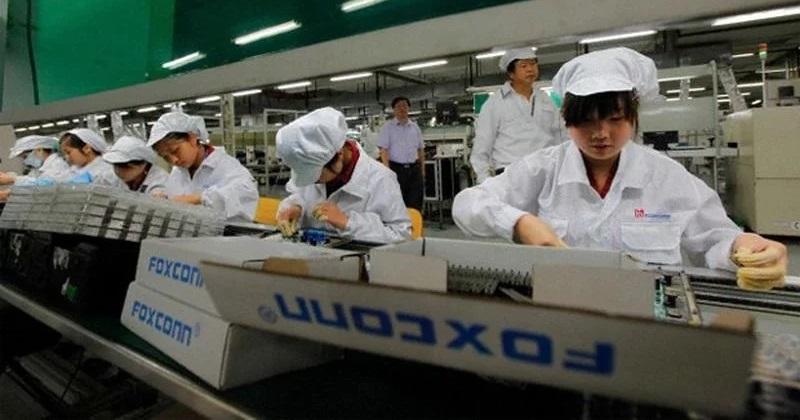 https: img.okezone.com content 2020 02 10 207 2166312 foxconn-kantongi-izin-buka-kembali-pabrik-di-china-oQlt8wpxvE.jpg