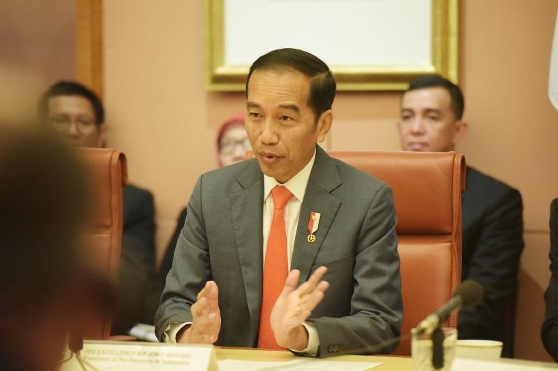 https: img.okezone.com content 2020 02 10 337 2166110 presiden-jokowi-dipresiasi-terkait-kontribusi-indonesia-dalam-penanganan-karhutla-australia-WV73OKUSzZ.jpg