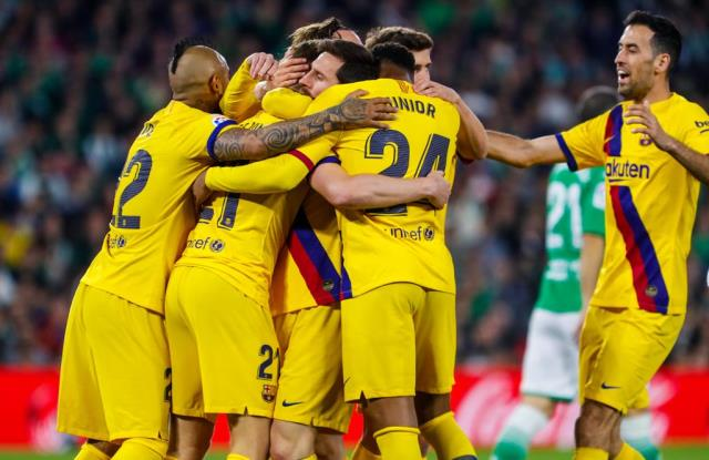 https: img.okezone.com content 2020 02 10 46 2165880 real-betis-vs-barcelona-blaugrana-menang-dramatis-di-estadio-bento-villamarin-aJGYu3pXjg.jpg