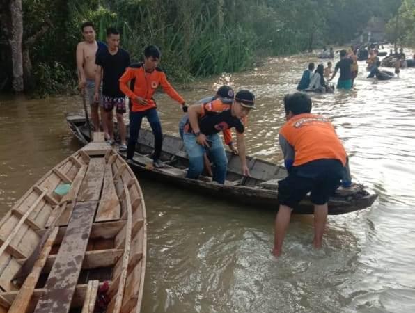 https: img.okezone.com content 2020 02 10 610 2166346 2-744-rumah-di-musi-rawas-sumsel-terendam-banjir-OW4HVw4GDE.jpg