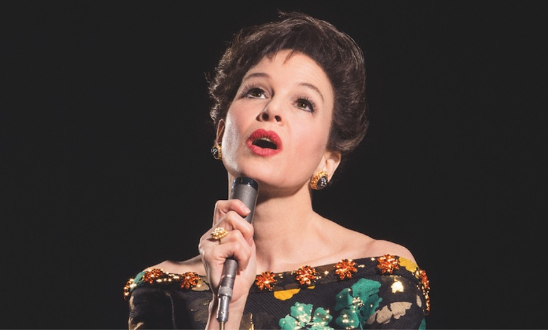 https: img.okezone.com content 2020 02 11 206 2166796 menang-best-actress-renee-zellweger-persembahkan-piala-oscar-untuk-judy-garland-yY3Q7QbAsB.jpg