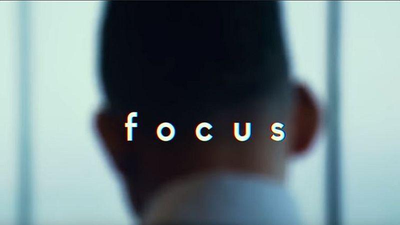 Sinopsis Film Focus, Will Smith Harus Memilih Wanita atau Profesi : Okezone  Celebrity