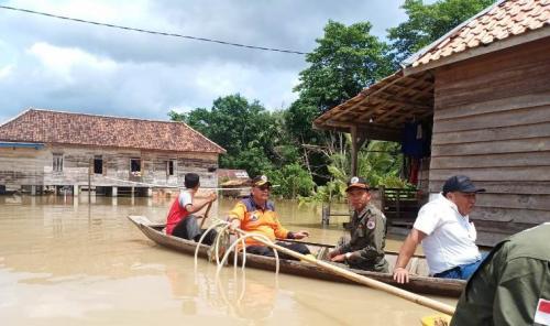 https: img.okezone.com content 2020 02 11 610 2166844 banjir-musi-rawas-sumsel-3-jembatan-gantung-dan-bangunan-sekolah-rusak-Ld9fylvvNE.jpg