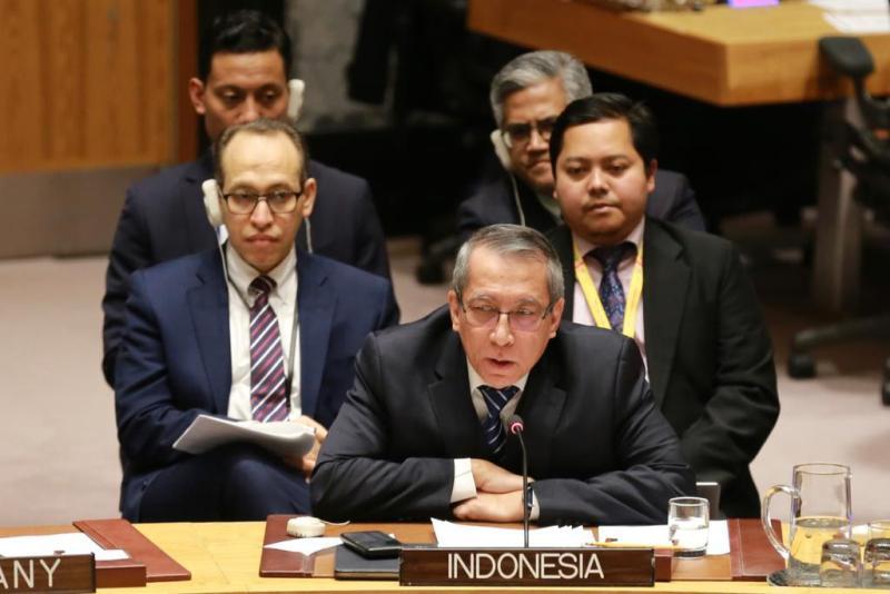 https: img.okezone.com content 2020 02 12 18 2167157 indonesia-prakarsai-pertemuan-khusus-bahas-isu-palestina-israel-di-dk-pbb-QfCanrlPAh.jpeg