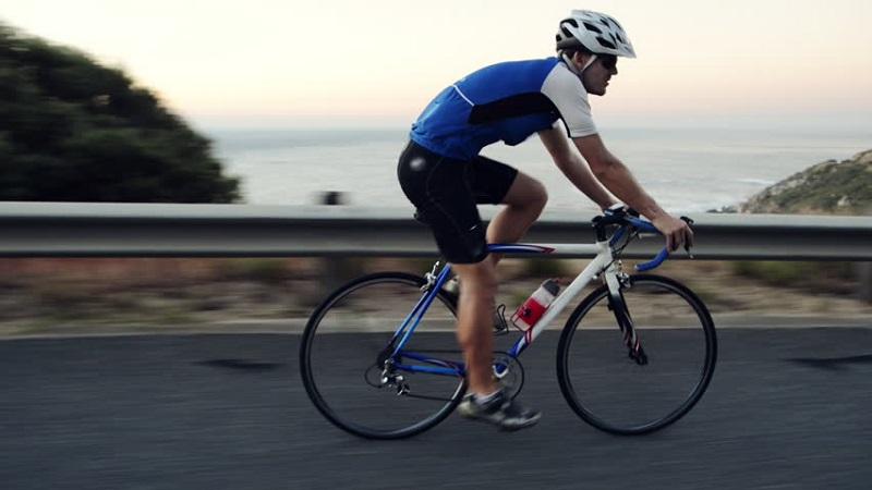 https: img.okezone.com content 2020 02 12 481 2167089 bersepeda-untuk-kesehatan-hingga-tingkatkan-gairah-seks-DhKSmNcE38.jpg