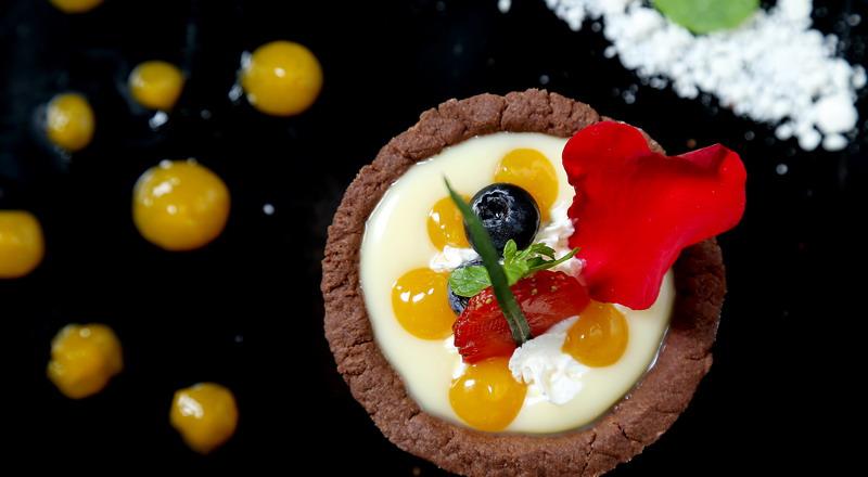 https: img.okezone.com content 2020 02 13 298 2168149 resep-coklat-valentine-ala-masterchef-indonesia-cocok-dikirim-ke-gebetan-2TqDAbdZKz.jpg