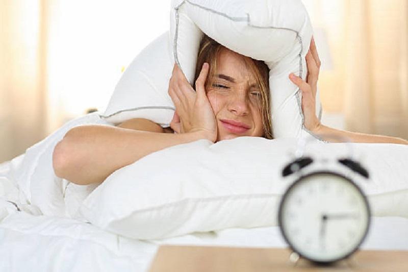 https: img.okezone.com content 2020 02 13 481 2168145 5-penyebab-tubuh-terasa-lelah-saat-bangun-tidur-di-pagi-hari-iuiQPZWSSw.jpg