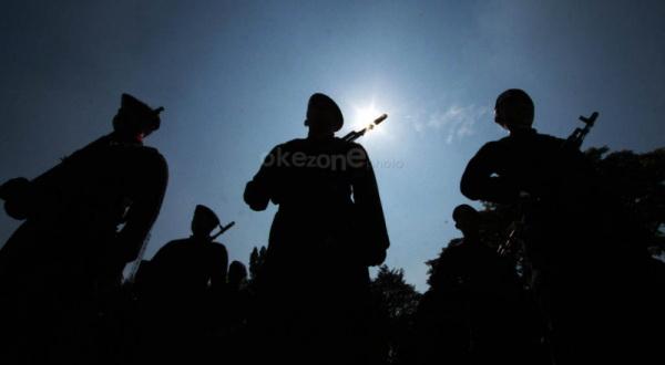 https: img.okezone.com content 2020 02 13 510 2168183 antisipasi-aksi-klitih-merebak-polisi-berjaga-jaga-di-daerah-perbatasan-f8zwnAyOWq.jpg