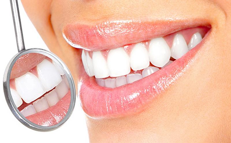 https: img.okezone.com content 2020 02 14 481 2168764 muncul-bintik-putih-di-gigi-waspadai-penyakit-autoimun-VE6u0CTrJv.jpg