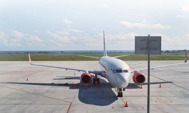 https: img.okezone.com content 2020 02 16 406 2169335 transportasi-umum-dari-bandara-yia-kulon-progo-menuju-pusat-kota-fWa0lnkkat.jpg
