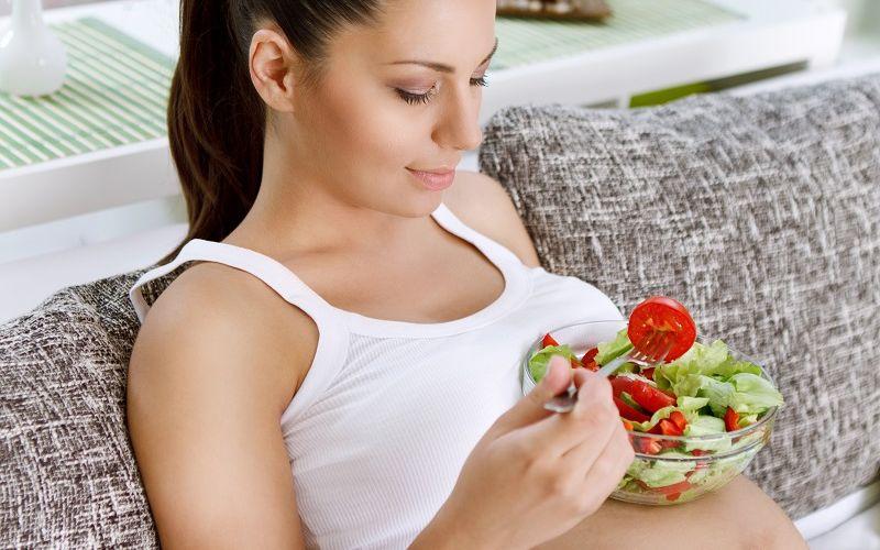 https: img.okezone.com content 2020 02 16 481 2169280 pentingnya-konsumsi-makanan-asam-folat-sebelum-hamil-VRoez50uK1.jpg