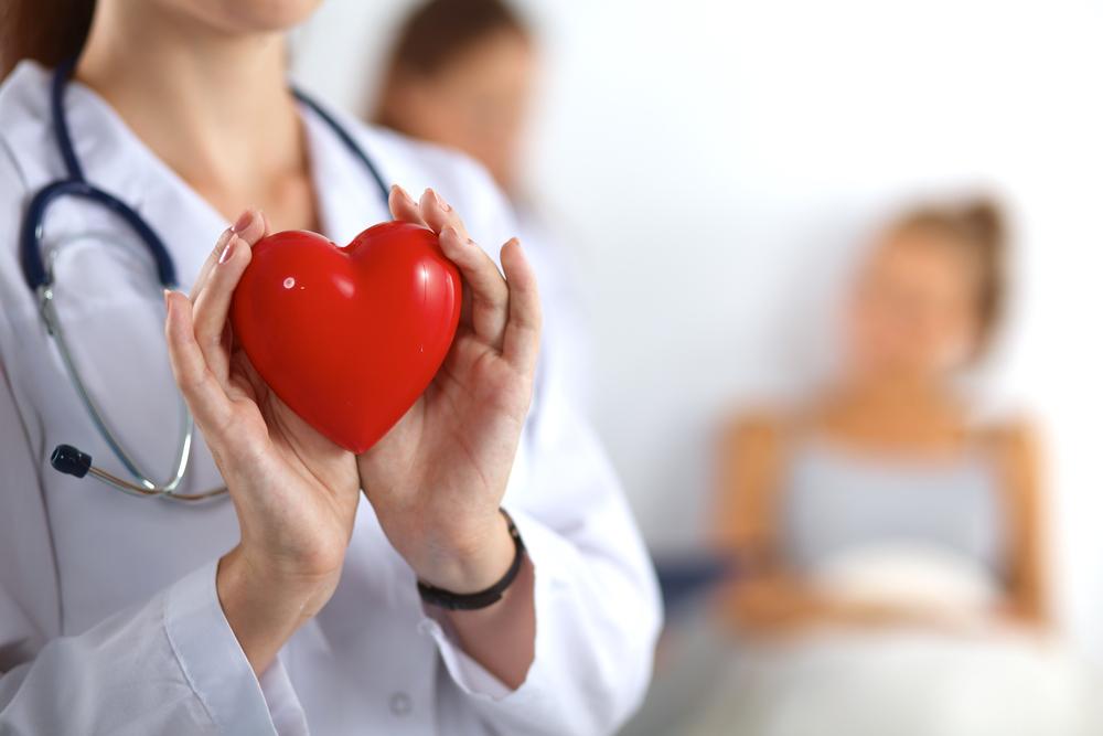 https: img.okezone.com content 2020 02 18 481 2170244 belajar-dari-penyakit-ashraf-sinclair-ini-mitos-penyakit-jantung-yang-salah-1gNj7ZpuZR.jpg