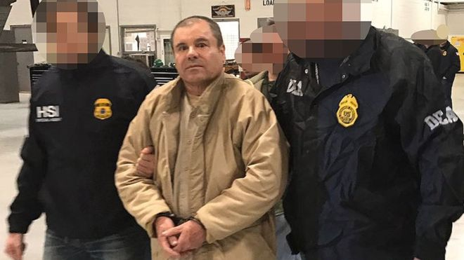 https: img.okezone.com content 2020 02 19 18 2170955 diwawancara-masuk-penjara-raja-narkoba-meksiko-mengaku-bekerja-sebagai-petani-BwTuMciopv.jpg