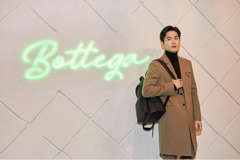https: img.okezone.com content 2020 02 19 205 2171138 suho-jadi-member-ke-3-exo-yang-debut-solo-69IBGZRu1V.jpg