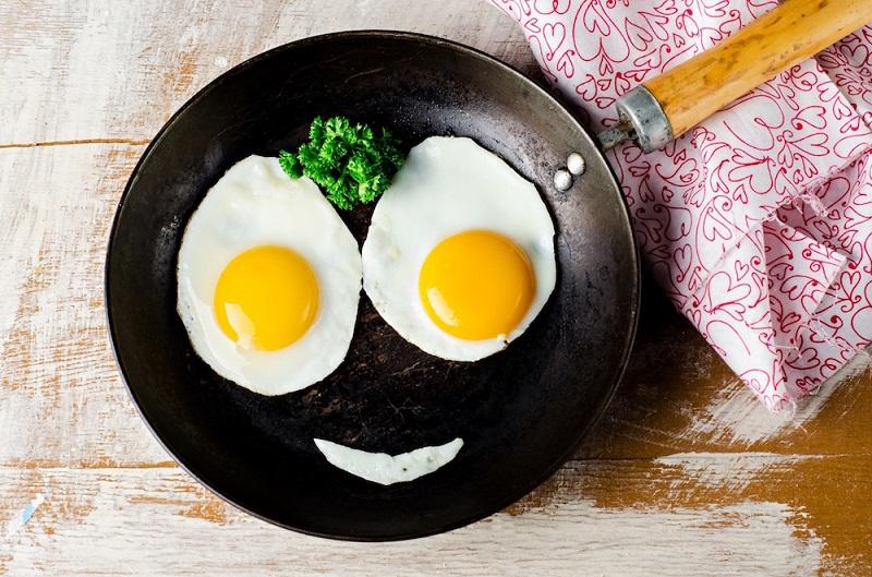 https: img.okezone.com content 2020 02 19 481 2170921 5-alasan-sarapan-makan-telur-bagus-bagi-kesehatan-aIa7NNG7F6.jpg