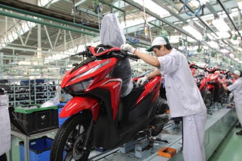 https: img.okezone.com content 2020 02 19 53 2171121 pasar-sepeda-motor-asia-tenggara-tumbuh-indonesia-terbesar-LPAdE6cbtA.jpg