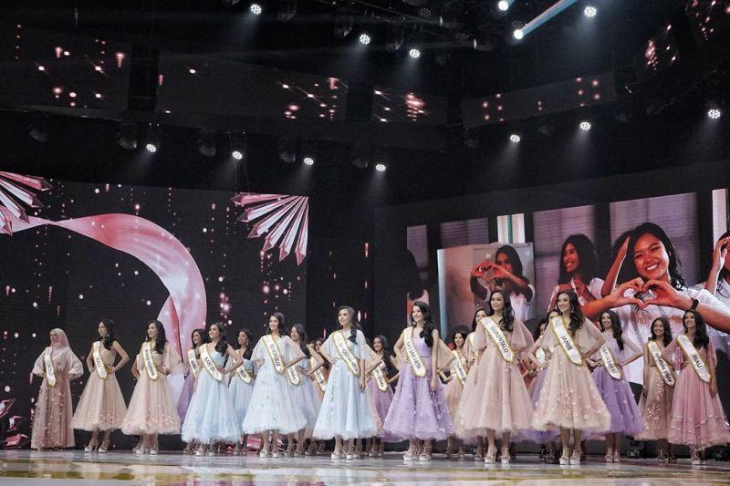 https: img.okezone.com content 2020 02 20 194 2171777 perempuan-cantik-yang-lolos-16-besar-miss-indonesia-2020-QU8gZVBpVU.jpg