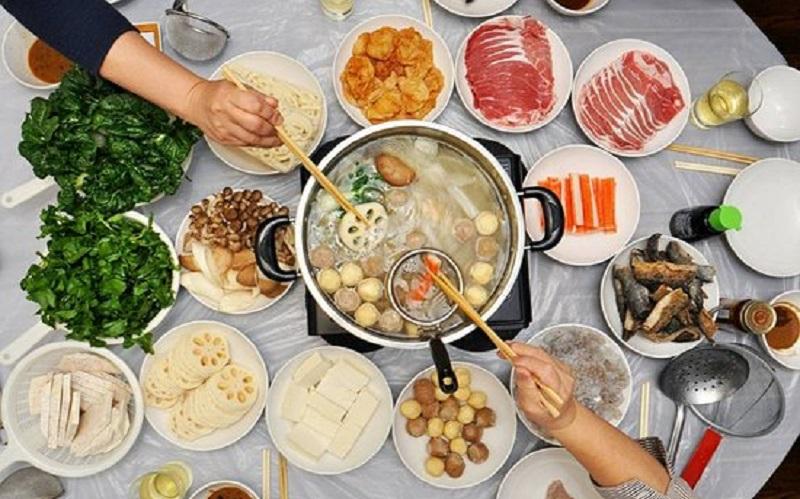 https: img.okezone.com content 2020 02 20 298 2171779 7-tips-sehat-dan-aman-saat-menikmati-hidangan-hotpot-LPC49CmC5f.jpg