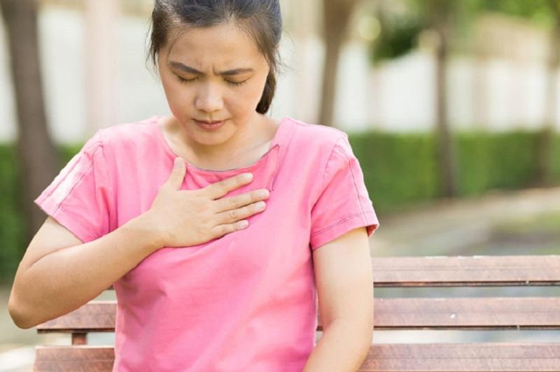 https: img.okezone.com content 2020 02 20 481 2171280 mengenal-gerd-yang-sering-dikira-orang-penyakit-jantung-Ps9XVfZeAK.jpg