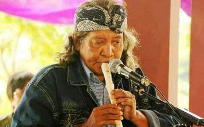 https: img.okezone.com content 2020 02 21 33 2172009 naniel-yakin-pencipta-lagu-bento-meninggal-dunia-TqiymJKDnW.jpg