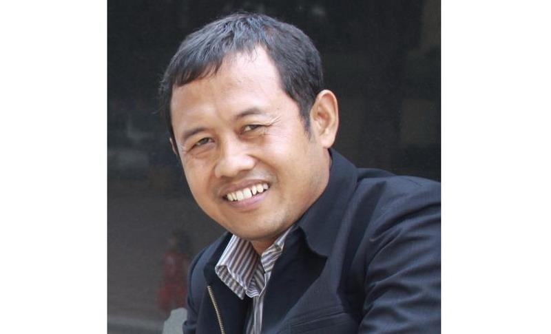 https: img.okezone.com content 2020 02 21 65 2172117 sosok-sucipto-hadi-purnomo-yang-diincar-rektor-unnes-OM78RMYZXy.jpg