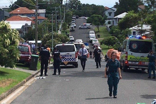 https: img.okezone.com content 2020 02 22 18 2172405 suami-di-australia-bunuh-diri-setelah-bakar-mobil-berisi-istri-dan-3-anaknya-e4EYPyGpV4.jpg