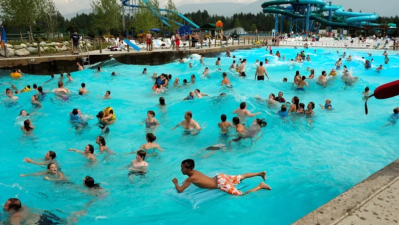 https: img.okezone.com content 2020 02 23 481 2172811 perempuan-bisa-hamil-setelah-berenang-di-kolam-renang-bersama-pria-ini-faktanya-TkyF0nTgeN.jpg