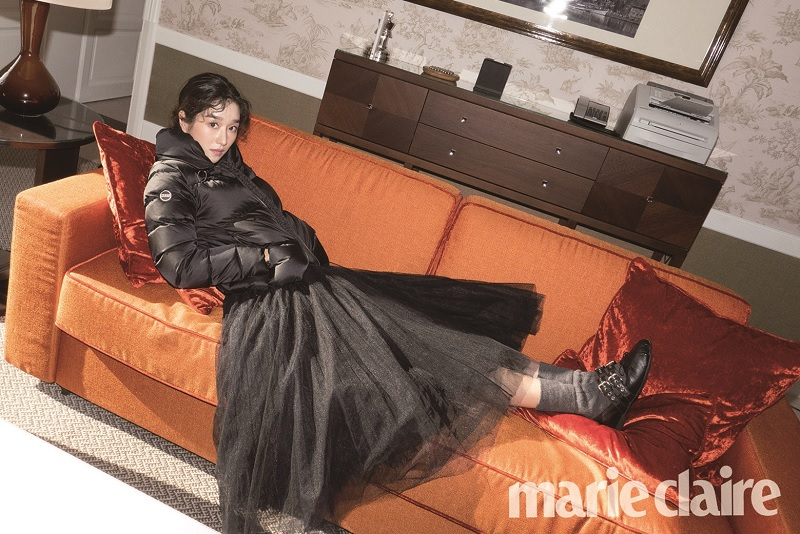 https: img.okezone.com content 2020 02 27 598 2175126 seo-ye-ji-resmi-jadi-lawan-main-kim-soo-hyun-di-psycho-but-its-okay-c0EhA4cpJN.jpg