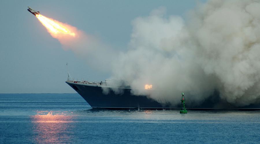 https: img.okezone.com content 2020 02 28 18 2175671 rusia-kirim-kapal-perang-ke-suriah-pasca-serangan-yang-tewaskan-33-tentara-turki-lbOpA17w7w.jpg