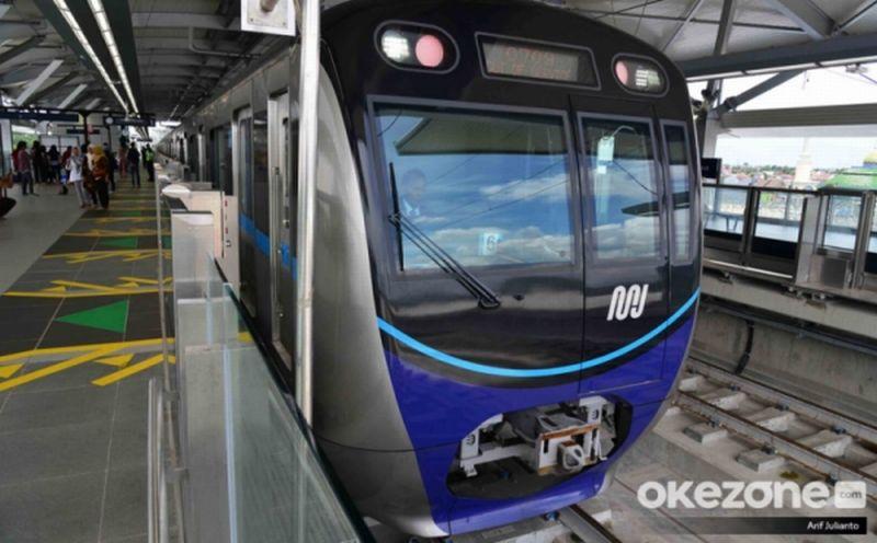 https: img.okezone.com content 2020 02 28 406 2175370 cara-menuju-stasiun-mrt-lebak-bulus-naik-transportasi-umum-QMZ9dbQsIu.jpg