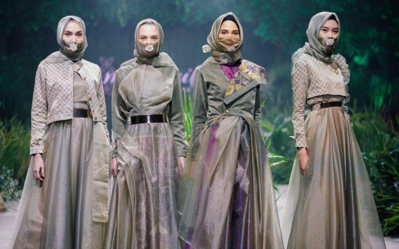 https: img.okezone.com content 2020 03 01 194 2176507 ketika-virus-jadi-inspirasi-fashion-batik-oHkVFH0lI0.jpg