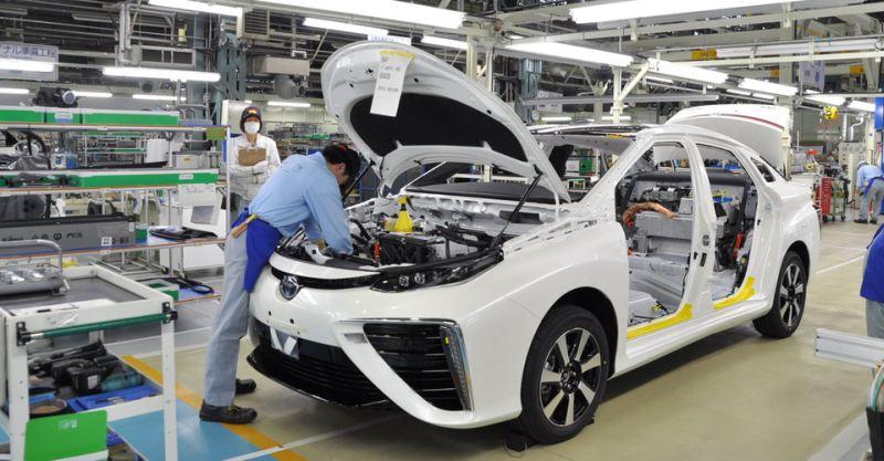 https: img.okezone.com content 2020 03 02 52 2176799 toyota-rencanakan-pabrik-kendaraan-elektrifikasi-di-china-KsEwCuQIyQ.jpg