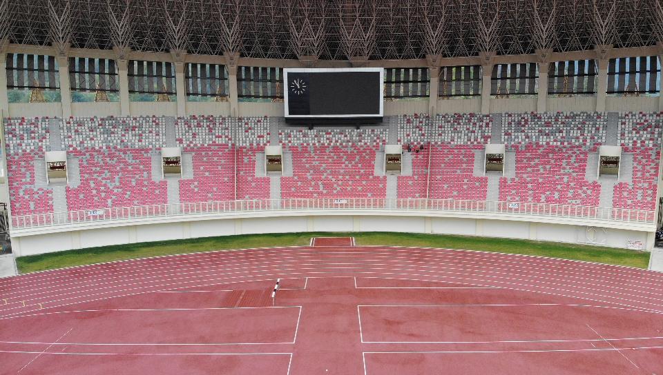 https: img.okezone.com content 2020 03 03 470 2177718 melihat-infrastruktur-pon-stadion-papua-bangkit-yang-diusulkan-jadi-venue-piala-dunia-2034-o1qqUULiYW.jpg