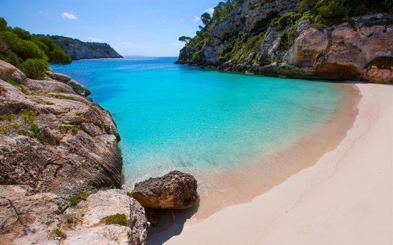https: img.okezone.com content 2020 03 04 406 2178298 liburan-ke-pantai-enggak-cuma-hilangkan-stres-loh-Bm6mE0NgYZ.jpg