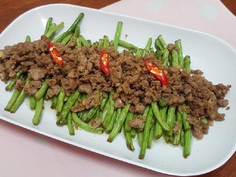 https: img.okezone.com content 2020 03 06 298 2178959 resep-tumis-buncis-daging-cincang-makan-makin-lahap-HIehCLAm02.jpg