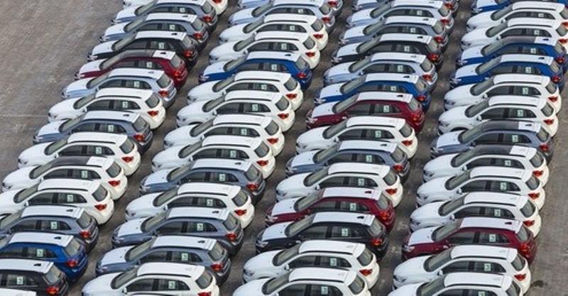 https: img.okezone.com content 2020 03 06 52 2179114 penjualan-mobil-di-china-turun-80-karena-virus-korona-qvU5o8QylP.jpg