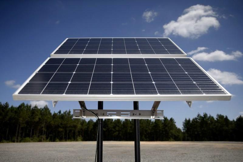 https: img.okezone.com content 2020 03 07 320 2179795 pembangkit-energi-terbarukan-dimulai-usai-proyek-35-000-mw-rampung-AhUSuLfhP8.jpg