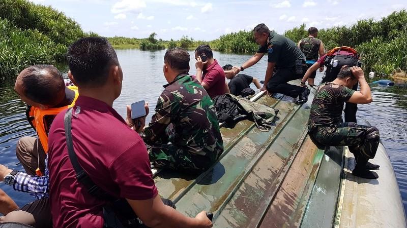 https: img.okezone.com content 2020 03 09 340 2180554 speedboat-paspampres-kecelakaan-di-kalteng-7-orang-dilaporkan-hilang-nakr6e8Vbp.jpg