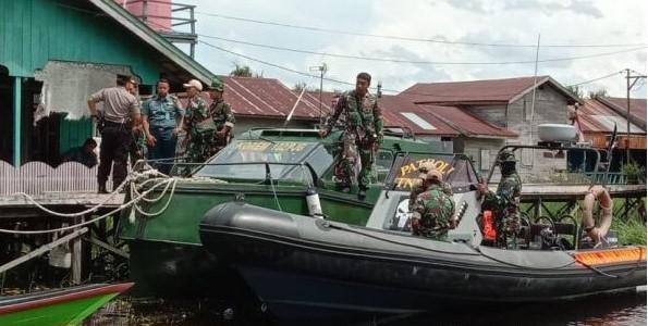 https: img.okezone.com content 2020 03 09 340 2180594 dandim-kapuas-meninggal-dalam-kecelakaan-speedboat-paspampres-di-kalteng-rDEOsM2vKp.jpg