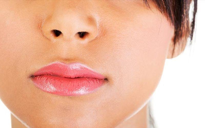 https: img.okezone.com content 2020 03 11 611 2181416 tak-perlu-lipstik-ini-3-cara-bikin-bibirmu-merah-merona-rgQj3rbRSG.jpg