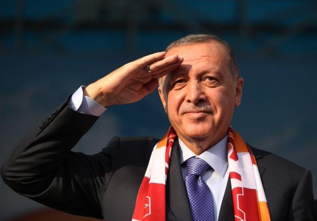 https: img.okezone.com content 2020 03 12 18 2182279 presiden-erdogan-tuduh-pasukan-keamanan-yunani-seperti-nazi-42citpTooo.jpg