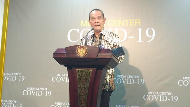 https: img.okezone.com content 2020 03 12 337 2182256 waspada-korona-126-wna-ditolak-masuk-indonesia-P8JRMxbaa2.jpg