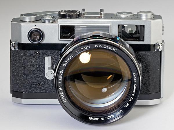 https: img.okezone.com content 2020 03 15 207 2183712 sejarah-kamera-dari-masa-ke-masa-6oFAAPq9aa.jpg