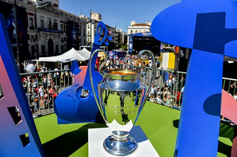 https: img.okezone.com content 2020 03 15 261 2183784 uefa-bakal-gelar-final-four-untuk-liga-champions-dan-eropa-2019-2020-vPNNEjhvhY.jpg