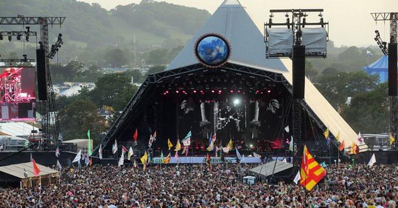 https: img.okezone.com content 2020 03 19 205 2185782 corona-mewabah-festival-glastonbury-2020-resmi-dibatalkan-1aX30WdkB5.jpg