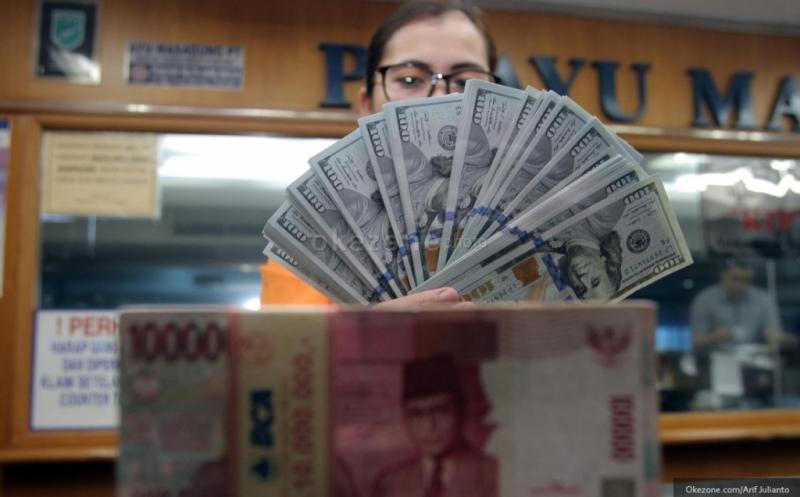 Kurs Rupiah Di Bank Mandiri Hingga Bca Terpampang Rp16 300 Rp16 645 Okezone Economy