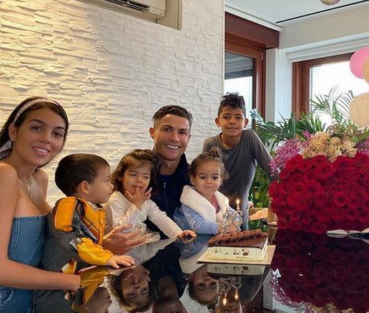 Pesan Menyentuh Georgina Rodriguez untuk Cristiano Ronaldo : Okezone Bola