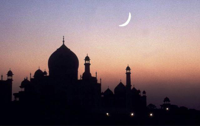 https: img.okezone.com content 2020 03 20 614 2186262 al-azhar-tetapkan-1-ramadhan-24-april-2020-puasa-bulan-depan-zuV3Kzjao5.jpg