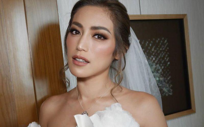 https: img.okezone.com content 2020 03 23 194 2187868 pesona-jessica-iskandar-berbalut-gaun-pengantin-putih-UOrPJN8Qle.jpg
